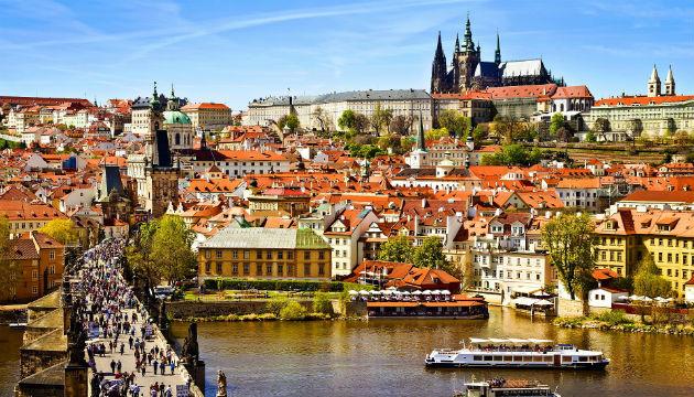 Украина входит в тройку главных поставщиков врачей для Чехии - СМИ