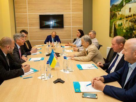 Тэйлор выразил глубокую обеспокоенность сообщениями о задержании крымских татар властями РФ