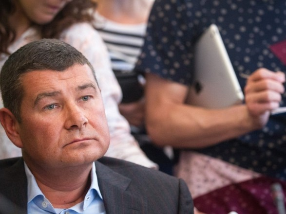 Суд разрешил Онищенко баллотироваться в ВР