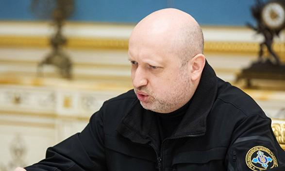 Инициатива Зеленского по люстрации синхронизируется с санкциями со стороны РФ — Турчинов