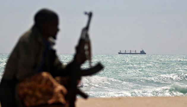 Похищенные пиратами возле Камеруна моряки могут находиться в Нигерии