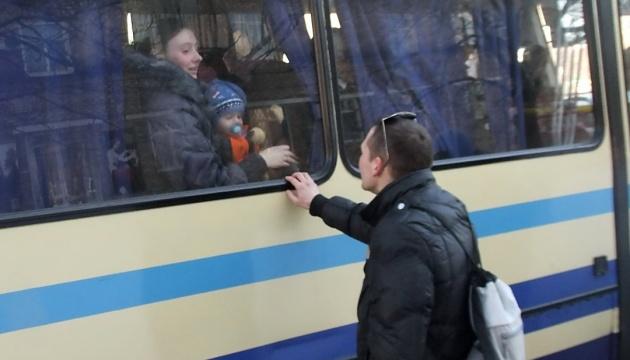 В Украине уже более 1,4 млн переселенцев — Минсоцполитики