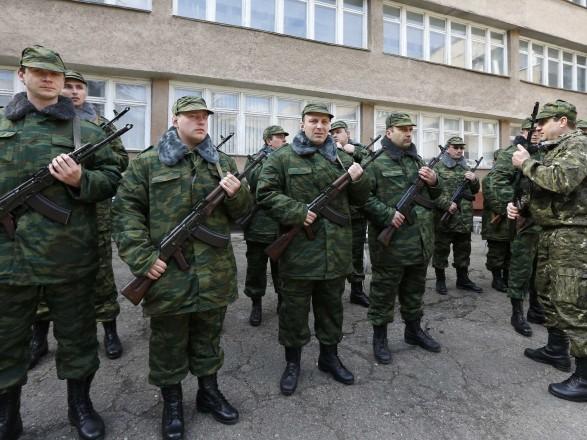 Разведка: оккупанты в ОРДЛО отстранили и отправили более 20 офицеров в РФ
