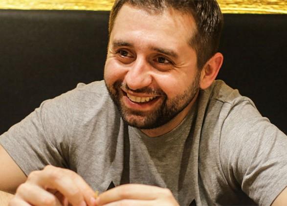 """Арахамия: не менее 10% нардепов-мажоритарщиков от """"Слуги народа"""" против отмены депутатской неприкосновенности"""