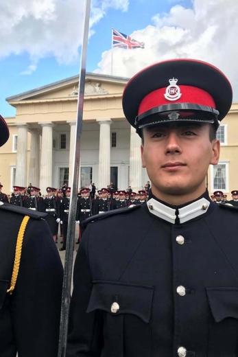 Украинец стал лучшим иностранным выпускником британской военной академии