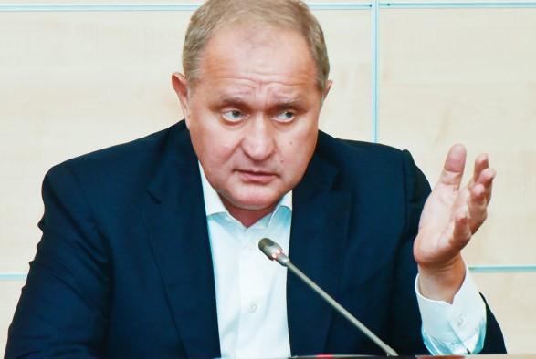Следователи ГБР допросили экс-министра внутренних дел Могилева