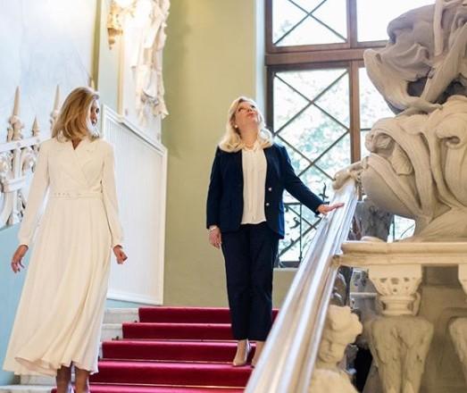 Первая леди Украины и жена премьера Израиля прогулялись по Дому с химерами