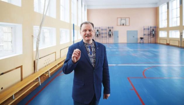 Омбудсмен образования рассказал, куда обращаться родителям для решения проблем в школе