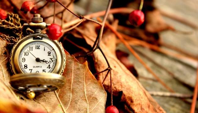 Украина 27 октября переходит на зимнее время