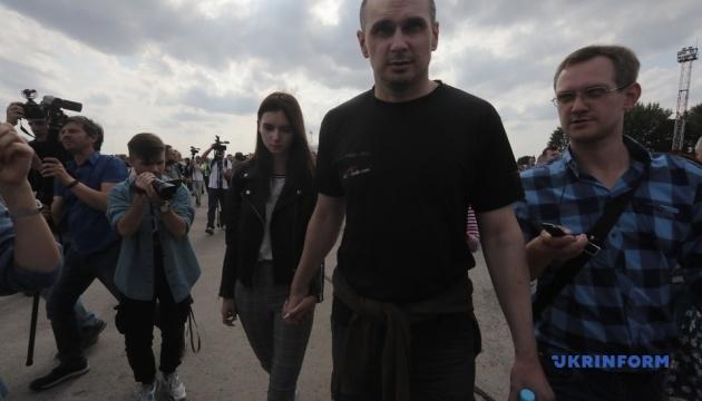 """Балух и Сенцов уже покинули """"Феофания"""", остальные проходит обследование"""