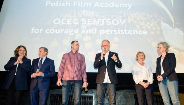 Сенцов получил награду Польской киноакадемии - за отвагу и несгибаемость