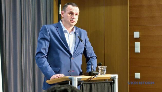 Сенцов посетит Европарламент 25 ноября — журналист
