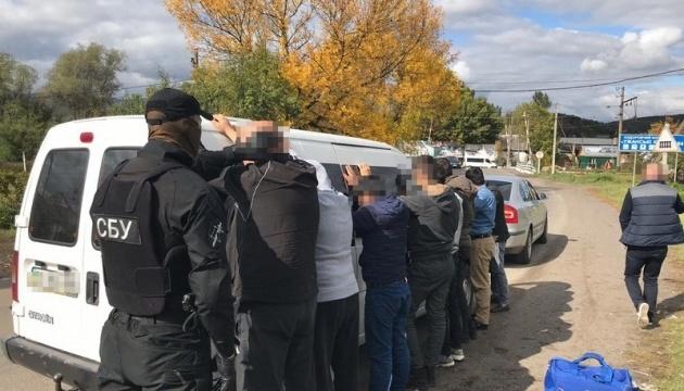 СБУ разоблачила банду, которая переправляла мигрантов в ЕС