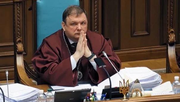 Шевчука восстановили в должности главы Конституционного суда