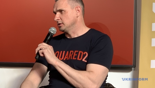Сенцов поделился во Франкфурте с журналистами своими творческими планами