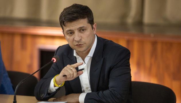 В Украине ужесточат наказание за фальсификацию лекарств - Зеленский подписал закон