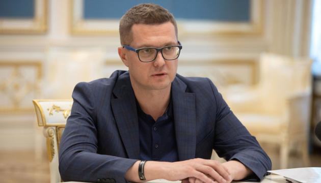 Баканов говорит, что получает 57 тысяч зарплаты