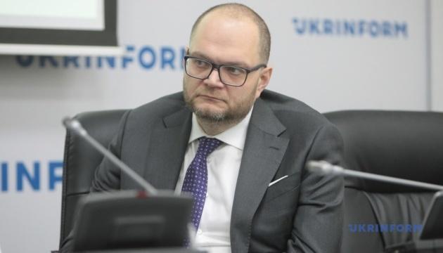 Бородянский говорит, что 30 украинских фильмов в год достаточно