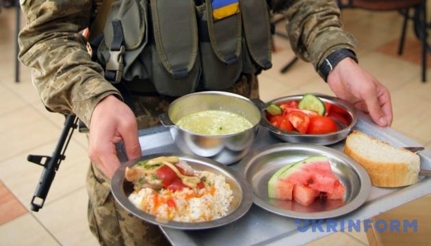 Что с реформой питания в армии, или Голодный солдат – плохой солдат