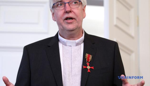 В Германии наградили орденом пастора, который поддерживал активистов Майдана