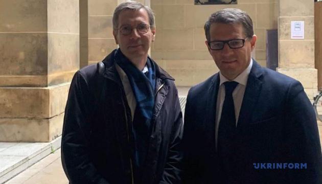 Французский омбудсмен встретился с Сущенко