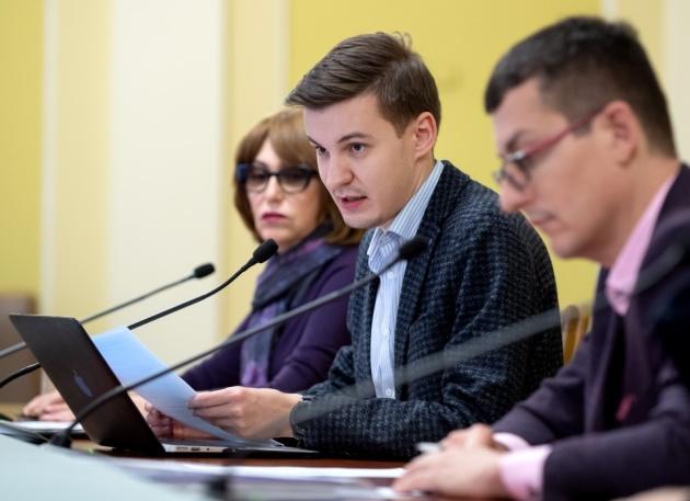 """Угрозы Портнова журналистам """"Радио Свобода"""": силовики отчитывались в ОП о ходе дела"""