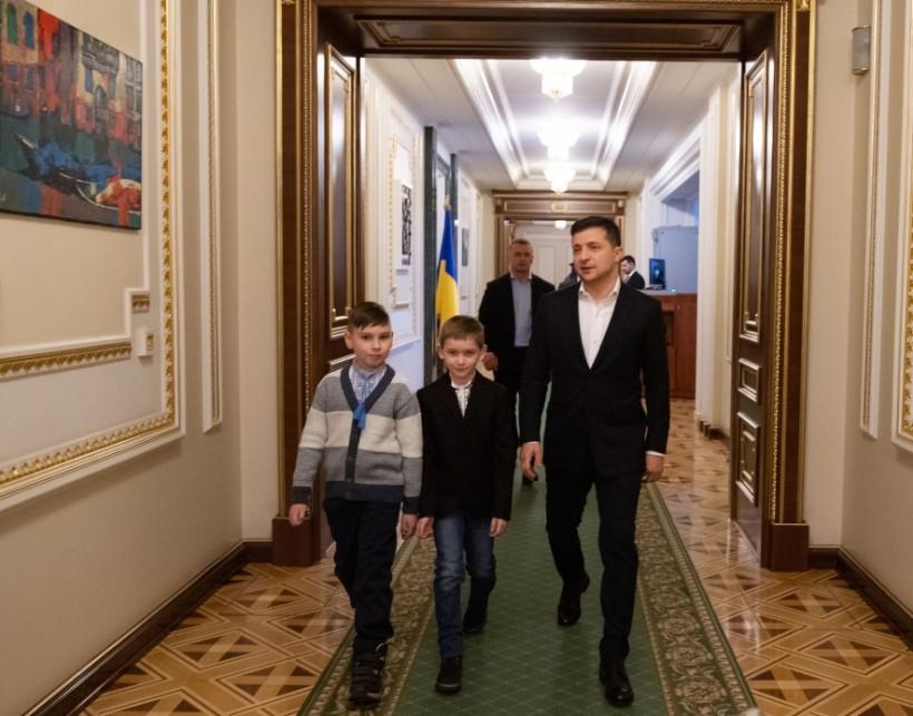 Сироты войны встретились с Зеленским и позвонили Богдану, Гончаруку и Баканову