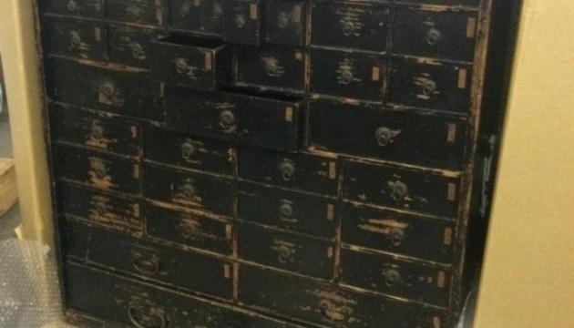 В Украину пытались ввезти контрабандой японский антиквариат на $300 тысяч