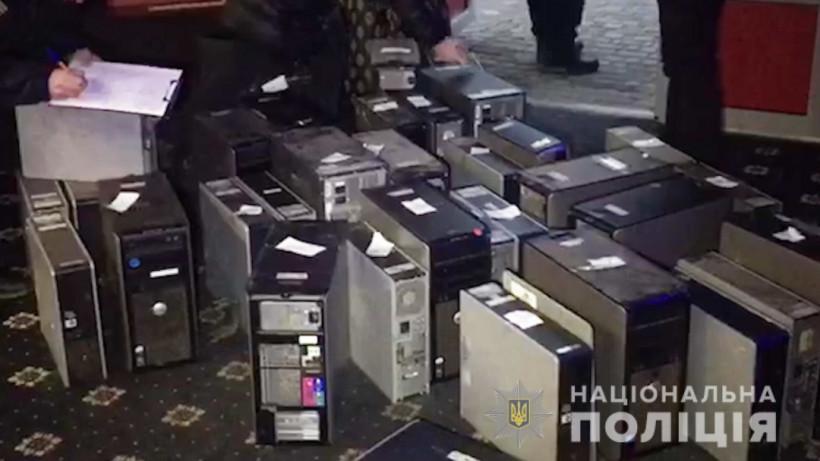 Игорные заведения закрывают по всей стране - уже изъяли оборудования на 50 миллионов