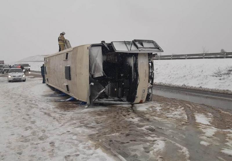 В России перевернулся автобус с украинцами, восемь пострадавших