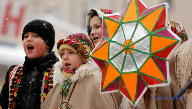 Празднование Рождества: ПЦУ готова вернуться к 25 декабря, если поддержат верующие
