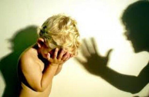 Нет насилию над детьми в семье