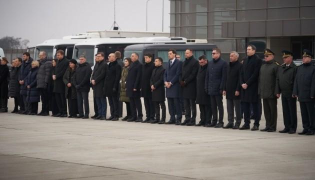 Руководство государства выразило соболезнования семьям и близким жертв катастрофы в Иране