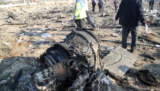 Украинская поисково-спасательная группа в Иране расследует причины аварии самолета МАУ — Гончарук