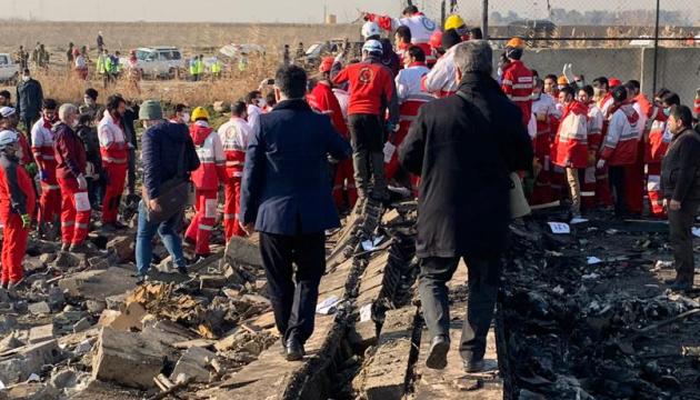 Гончарук: На месте катастрофы самолета МАУ в Тегеране работает консул