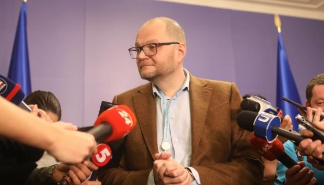 Вещание на оккупированные территории является приоритетом для МКМС — Бородянский