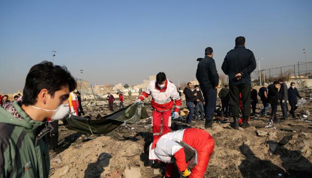 Родственникам погибших в Иране украинцев предоставят всю необходимую помощь — МИД