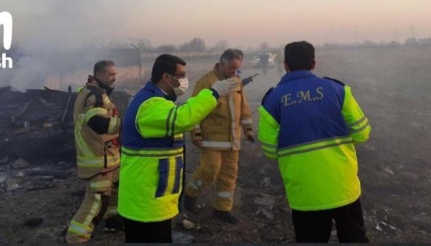 На месте катастрофы самолета МАУ в Тегеране уже работают следователи