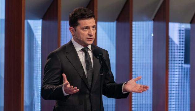 Зеленский обещает, что государство профинансирует возведение мемориала памяти Каденюка