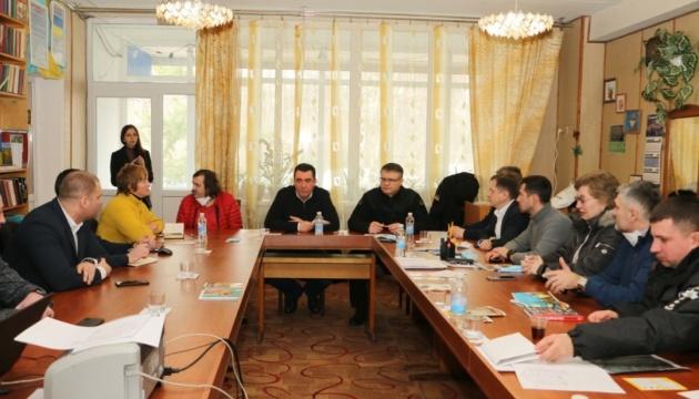 СБУ и полиция проверяют любую информацию о провокаторах в Новых Санжарах - МВД