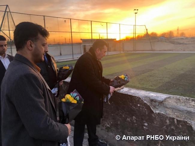 Данилов в Иране почтил память украинцев, которые погибли в катастрофе самолета МАУ