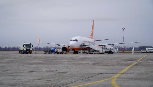 """""""Борисполь"""" в среду принял 16 эвакуационных рейсов, больных нет"""