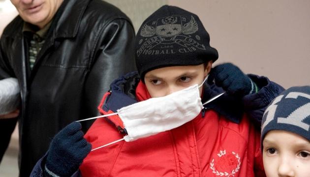 Предприятие Укроборонпрома экстренно шьет марлевые повязки