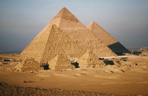 Пирамиды Египта.