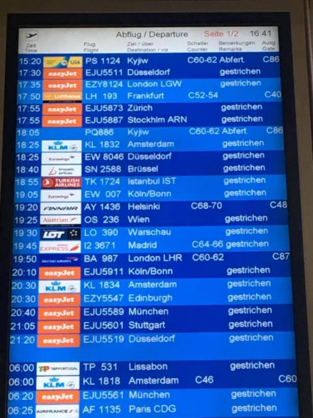 Сегодня из Берлина в Киев вернулись 375 украинцев