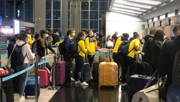 Из Стамбула в Киев вылетели 430 украинцев — генконсул