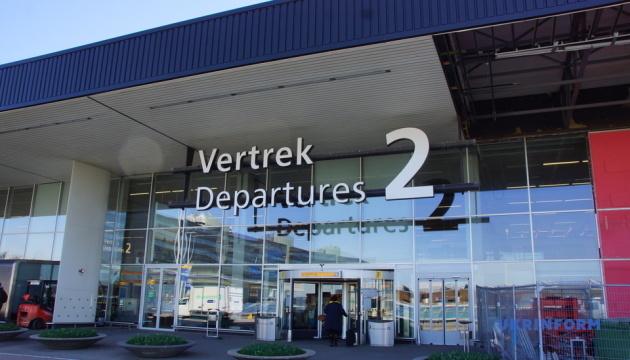 Из Амстердама в Киев вылетел третий спецрейс с украинцами