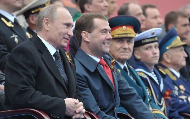 Путин не исключает проведение парада Победы.