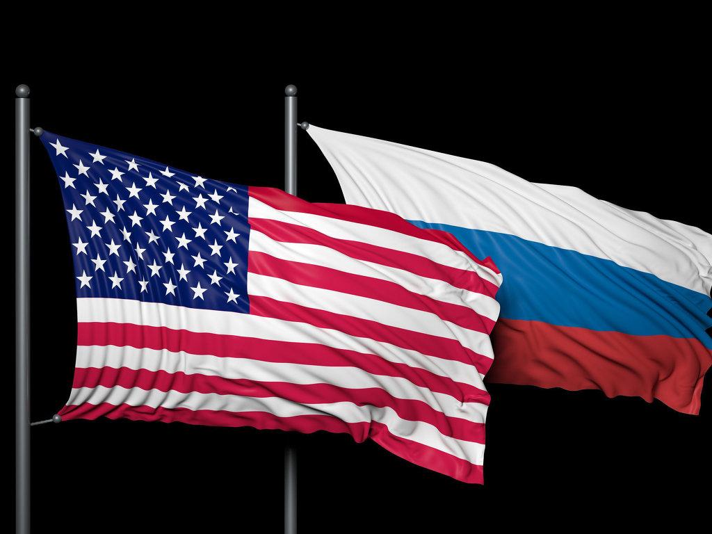 Флаг США и РФ