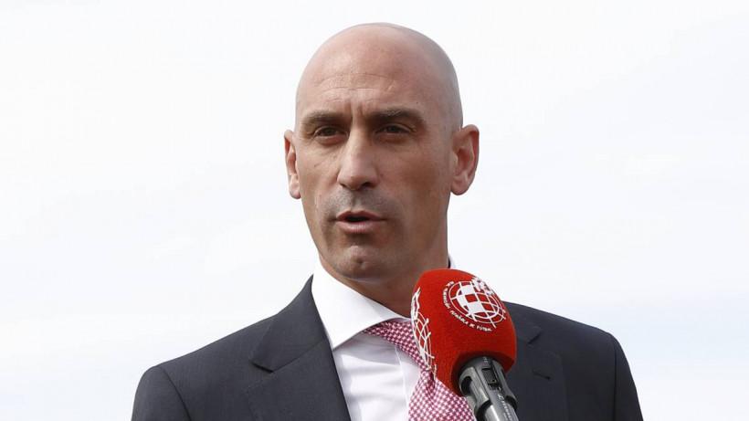 Испанская Ла Лига раскритиковала решение французских властей завершить футбольный сезон
